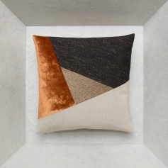 Triangle cushion – Maison Popineau, specialist in geometric cushions