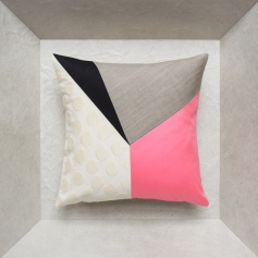 Linen cushion – Maison Popineau, specialist in silk cushions